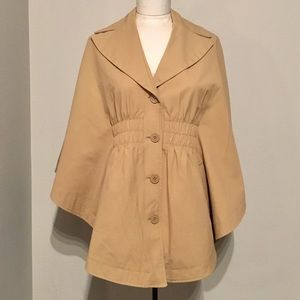Perfect trench cape